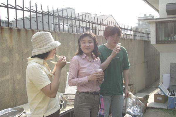 灘中さんと奥くん。宮川さんはカメラに気づかなかったようです。