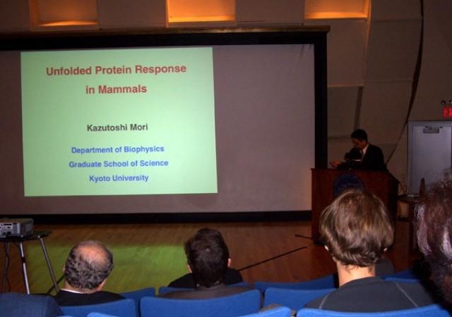 森教授の受賞講演1